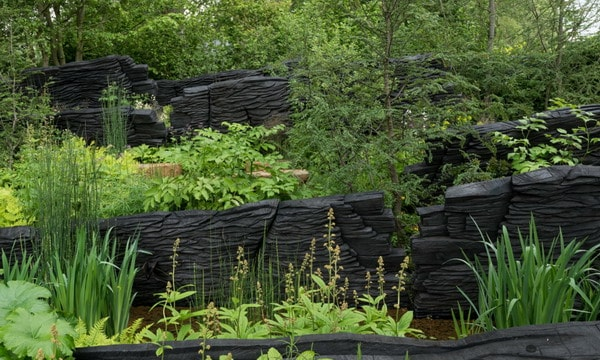 garden decor trends 2021